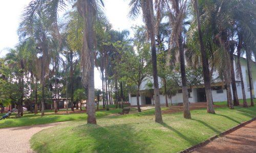 Acreúna - Praça do Ginásio de Esportes