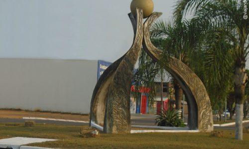 Ariquemes - Monumento na Avenida Tancredo Neves