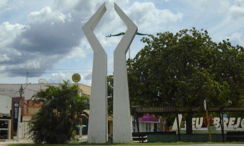 Brejo Santo - Monumento