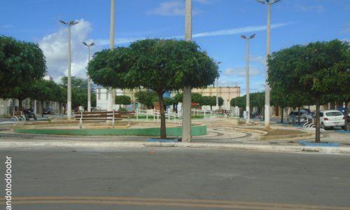 Campos Sales - Praça Hélio Lima