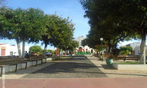 Catarina - Praça da Igreja Matriz de São José