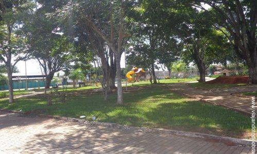 Firminópolis - Praça Manoel Firmino dos Santos