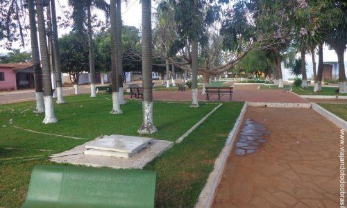 Gameleira de Goiás - Praça Floro Rodrigues de Moraes