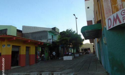 Groaíras - Calçadão na Rua Coronel Cruz