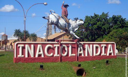 Inaciolândia - Letreiro na entrada da cidade