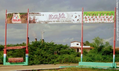 Itajá - Pórtico na entrada da cidade