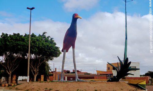 Jaçanã - Estátua em homenagem ao Pássaro Jaçanã