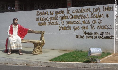 Jardim de Angicos - Imagem em homenagem a Jesus Cristo