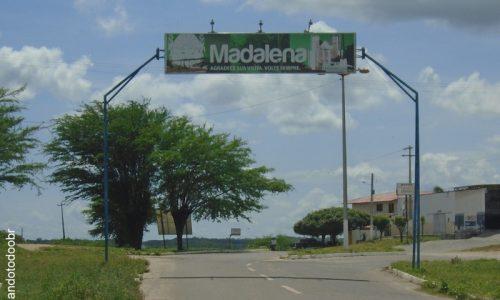 Madalena - Letreiro na entrada da cidade