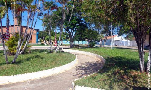 Mambaí - Praça da Santa Cruz