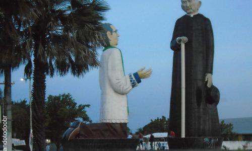 Maracanaú - Imagem em homenagem ao Padre Cícero