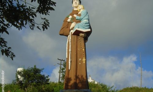 Maracanaú - Imagem em homenagem a Santo Antônio