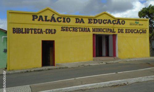 Monsenhor Tabosa - Biblioteca Pública Municipal Maria Estela Castro