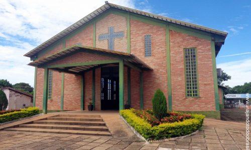 Nova Crixás - Igreja Santo Antônio de Pádua