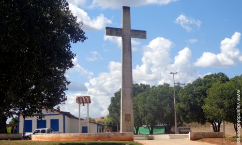 Padre Bernardo - Cruzeiro a Praça do Divino Espírito Santo
