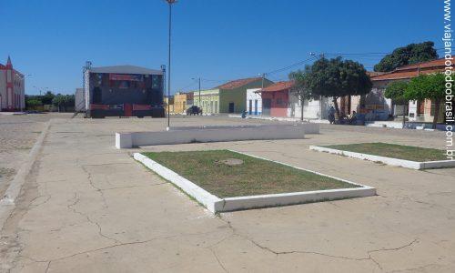 Paraú - Praça Luiz Gondim