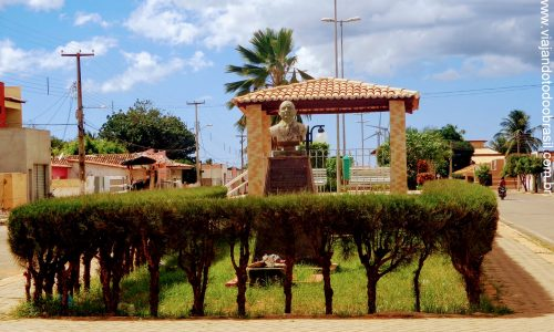 Parazinho - Praça Luiz França Varela