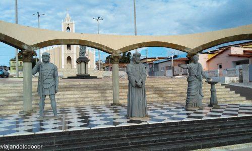 Pendências - Praça São João Batista