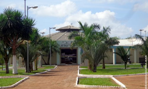 Perolândia – Praça da Câmara Municipal