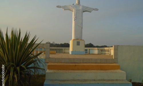 Plácido de Castro - Imagem em homenagem ao Cristo Redentor