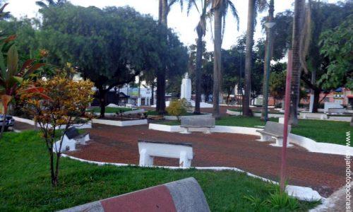 Rio Verde - Praça Cinco de Agosto