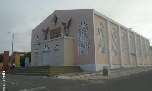 Saboeiro - Igreja da Sagrada Família