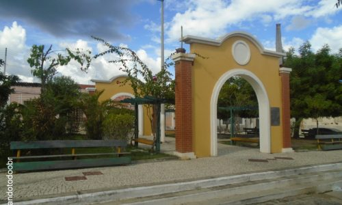 Solonópole - Praça Silvino Barreira