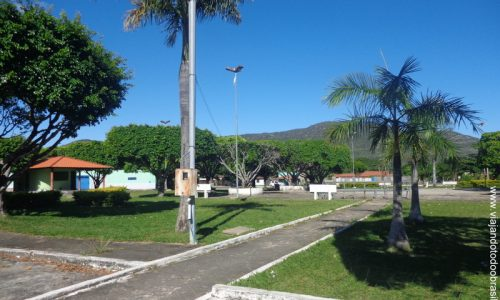 Teresina de Goiás - Praça