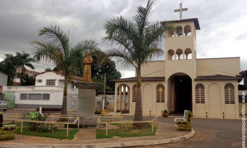 Valparaíso de Goiás - Igreja de São Francisco de Assis