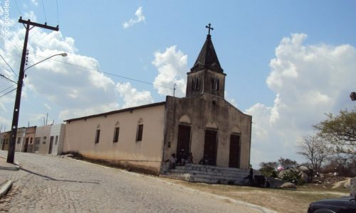 Angelim - Igreja de São Luiz