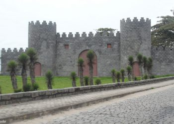 Aracruz - Castelo na Praia Formosa