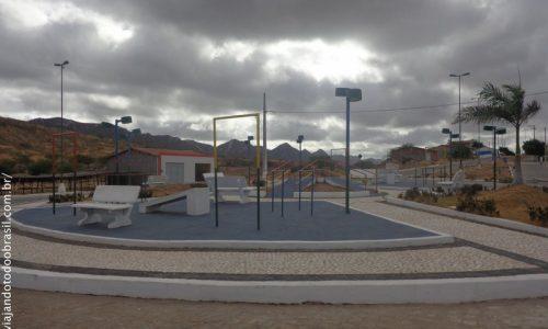 Areia de Baraúnas - Praça do Retorno
