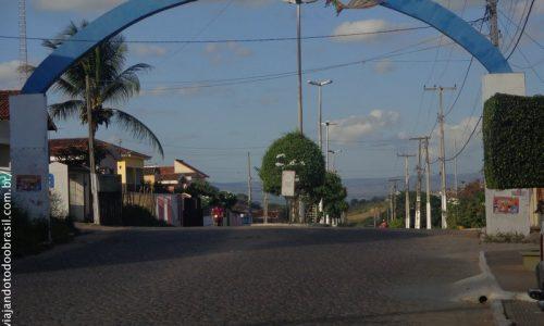 Aroeiras - Pórtico na entrada da cidade