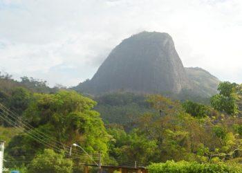Atílio Vivacqua - Pedra do Moitão