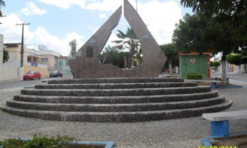 Batalha - Praça Nossa Senhora da Penha