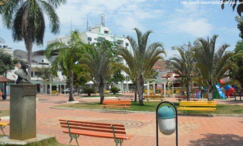 Bom Jesus do Norte - Praça São Geraldo