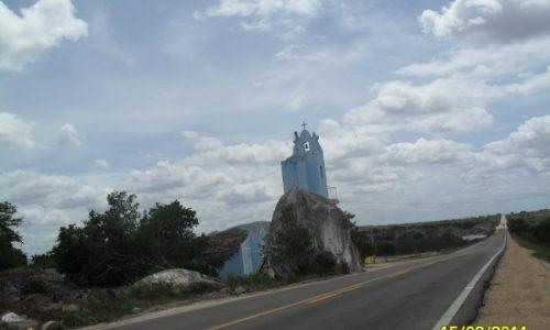 Cacimbinhas - Igreja Pedra do Padre