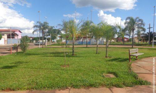 Campo Limpo de Goiás - Praça Dom Carmino