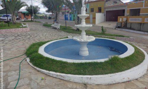 Cuitegi - Chafariz na Praça Miguel Fernandes