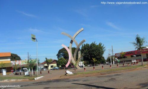 Deodápolis - Monumento aos Trabalhadores