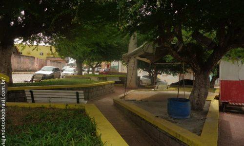 Dona Inês - Praça José Matias