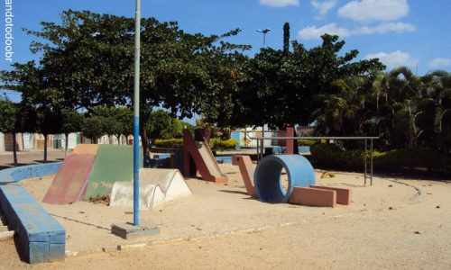 Dormentes - Praça Francisco Machado
