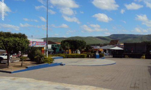 Exu - Praça Padre João Batista
