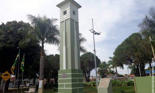 Goiandira - Praça Pedro Ludovico