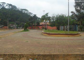 Governador Lindenberg - Praça Nova Brasília