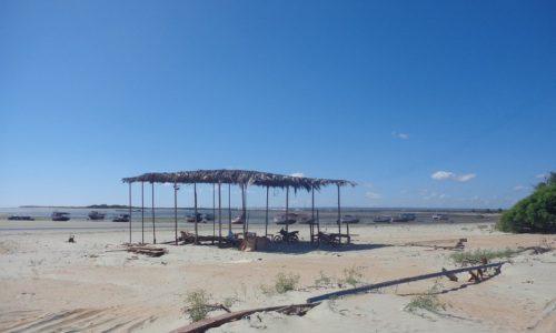 Grossos - Praia de Pernambuquinho