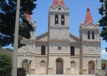 Guaçuí - Igreja de São Miguel Arcanjo