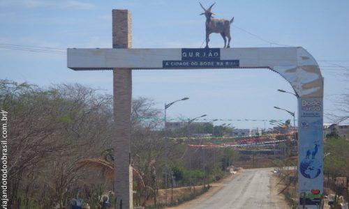 Gurjão - Pórtico da entrada da cidade