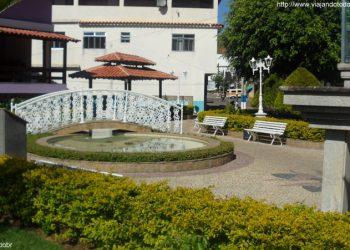 Ibitirama - Praça Santa Bárbara