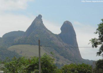 Itapemirim - Pedra Frade e a Freira